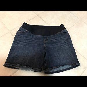 Liz Lange Maternity shorts size S/P